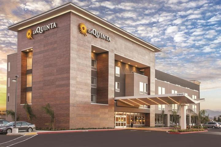 Pet Friendly La Quinta Inn & Suites Morgan Hill San Jose South
