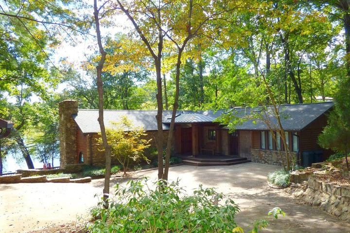Sensational Pet Friendly Vacation Rentals In Hickory Nc Bring Fido Download Free Architecture Designs Grimeyleaguecom