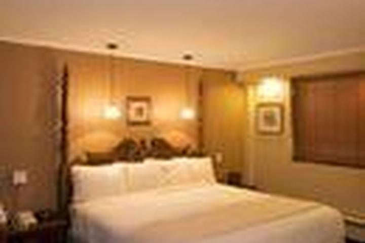 Pet Friendly Red Roof Inn & Suites Herkimer
