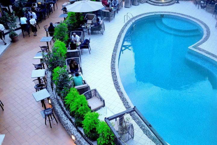 Pet Friendly Monarch Hotel