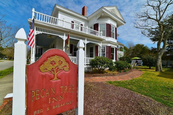 Pet Friendly Pecan Tree Inn