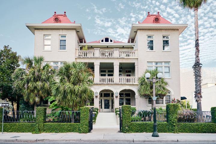 Pet Friendly Hotels In San Antonio TX Bring Fido Impressive 2 Bedroom Suites San Antonio Tx Property