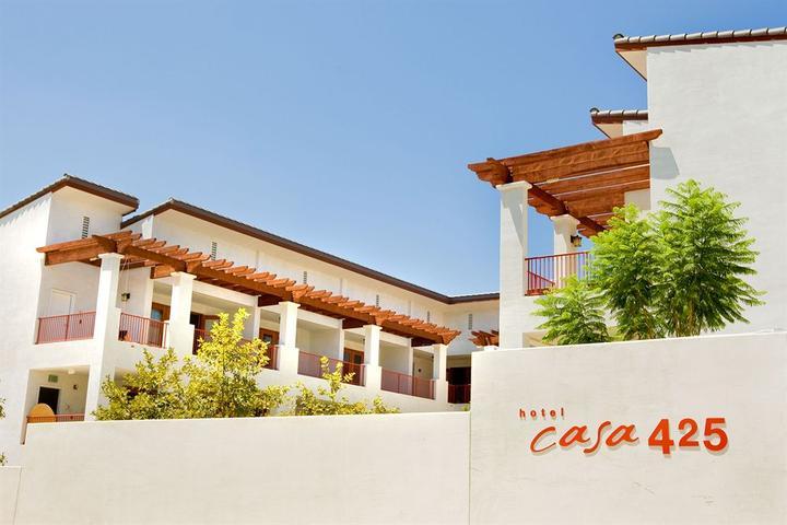 Pet Friendly Hotel Casa 425