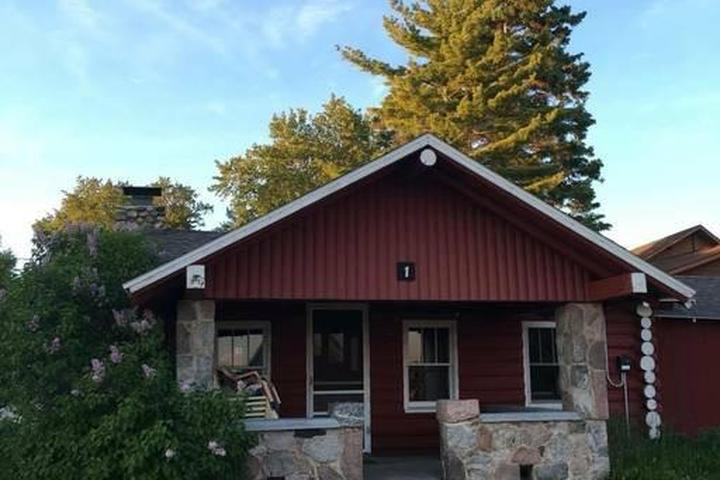 Pet Friendly Cedarville Airbnb Rentals
