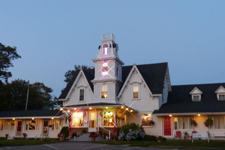 Pet Friendly Lakelawn B&B Motel