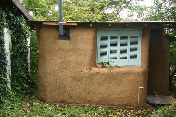 Pet Friendly Komoro Airbnb Rentals