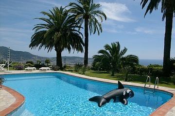 Pet Friendly The Villa Nizza