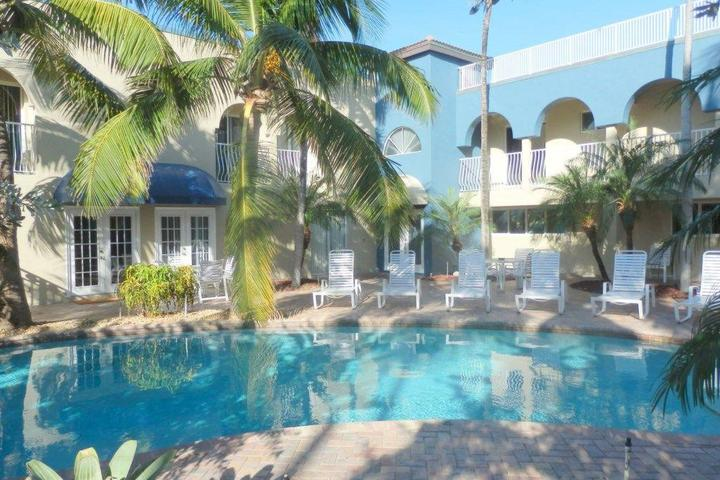 Pet Friendly Blue Ocean Villa III