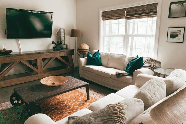 Pet Friendly Meadowbrook Airbnb Rentals