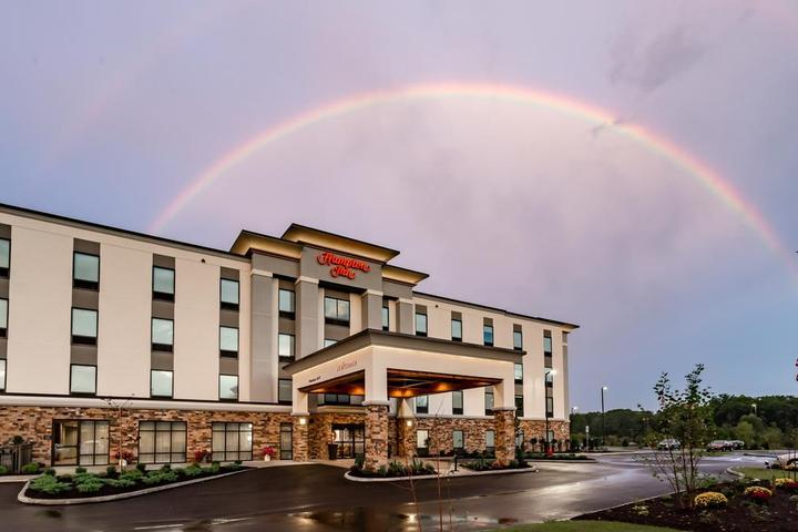 Pet Friendly Hampton Inn Madison