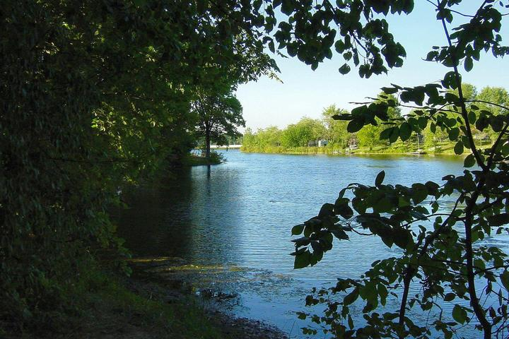 Pet Friendly Clare-Mar Lakes Campground