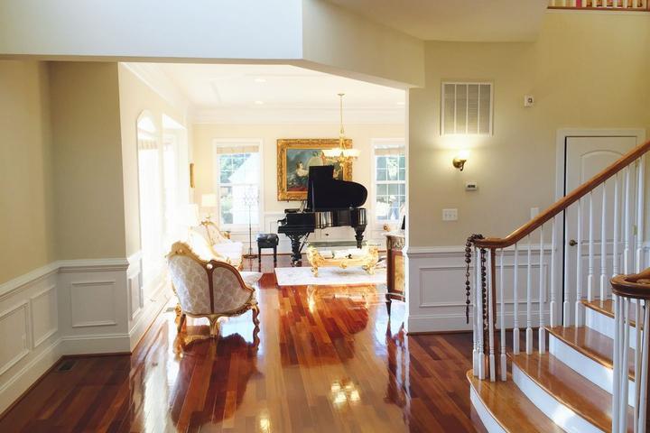 Pet Friendly 8 Bedroom Luxury Victorian Home