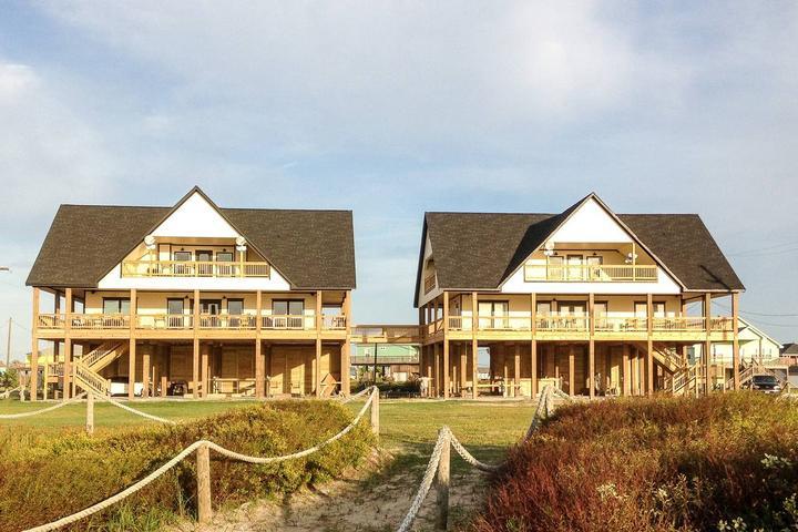 Sensational Pet Friendly Vacation Rentals In Crystal Beach Tx Bring Fido Download Free Architecture Designs Viewormadebymaigaardcom