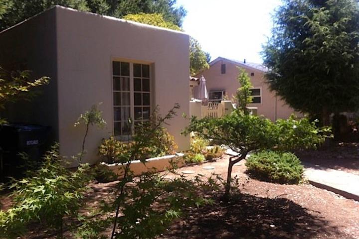 Pet Friendly Los Altos Airbnb Rentals