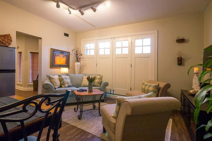 Pet Friendly Lancaster Airbnb Rentals