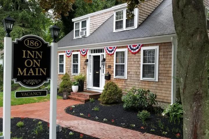 Pet Friendly Inn on Main