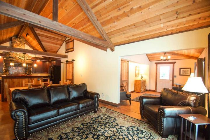 Pet Friendly Indian Hills Airbnb Rentals