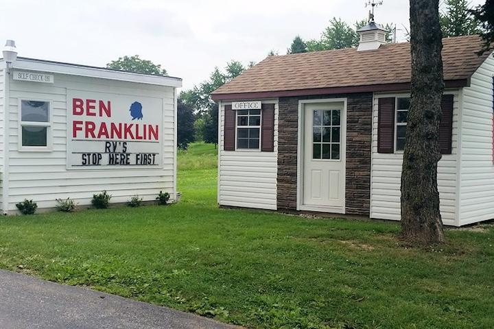 Pet Friendly Ben Franklin RV Park