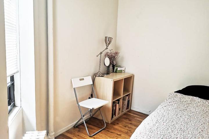 Pet Friendly Yorkville Airbnb Rentals