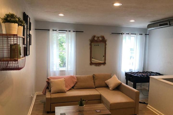 Pet Friendly Glenshaw Airbnb Rentals
