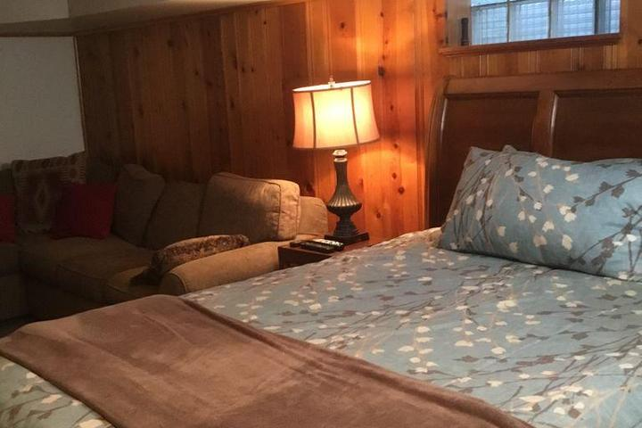 Pet Friendly VRBO Harmarville
