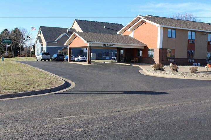 Pet Friendly Coratel Inn and Suites Stillwater