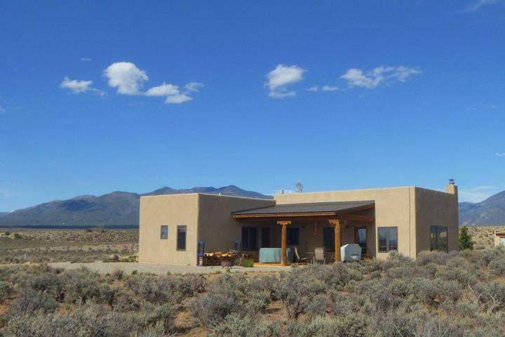 Pet Friendly Vacation Rentals in New Mexico - Bring Fido