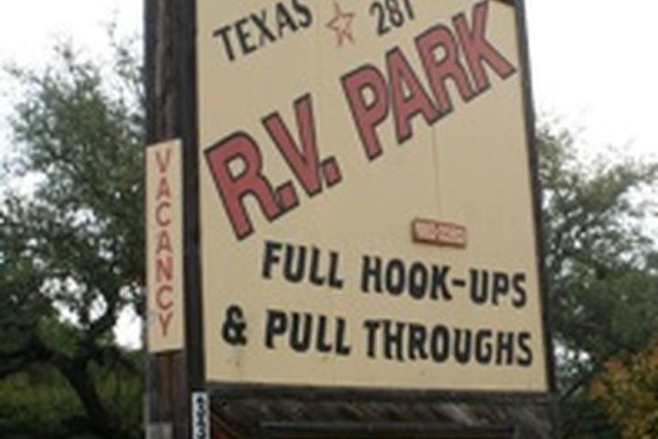 Pet Friendly Texas 281 RV Park