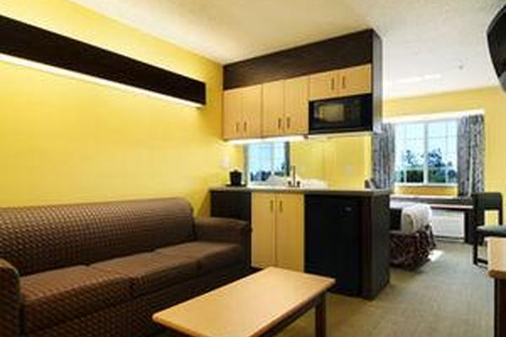 Pet Friendly Microtel Inn and Suites by Wyndham Columbus North