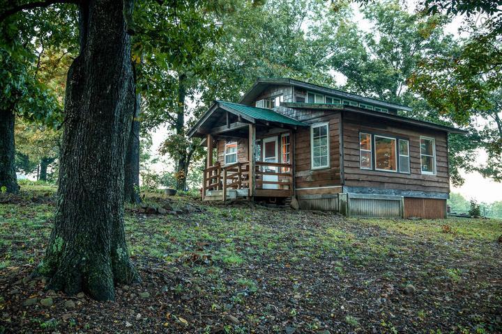 Pet Friendly Mountainburg Airbnb Rentals