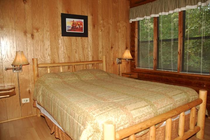 Pet Friendly Carolina Landing Camping Resort Cabin 10