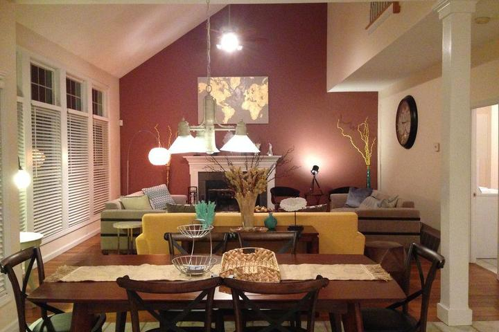 Pet Friendly Mystic House Close to Seaport & Downtown