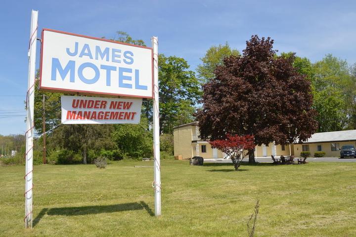 Pet Friendly James Motel
