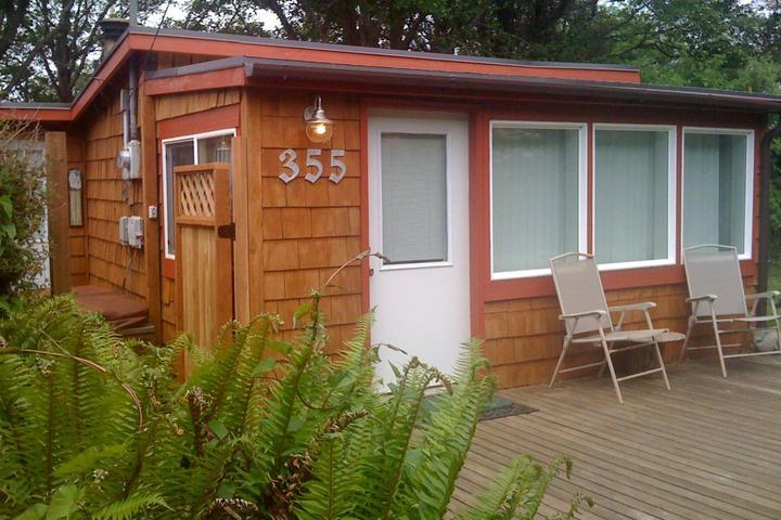 Wondrous Pet Friendly Vacation Rentals In Rockaway Beach Or Bring Fido Download Free Architecture Designs Jebrpmadebymaigaardcom