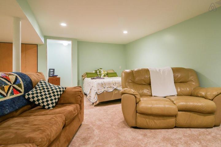 Pet Friendly Bonner Springs Airbnb Rentals
