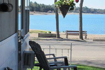 Pet Friendly Balm Beach Resort & Motel