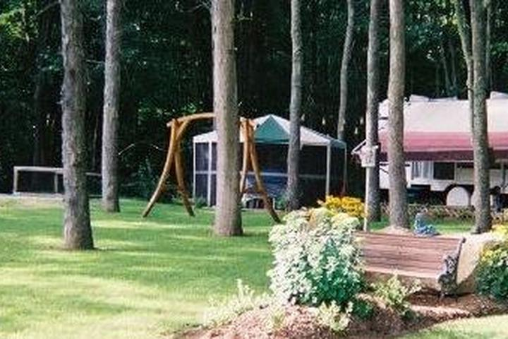 Pet Friendly Countryside Campground