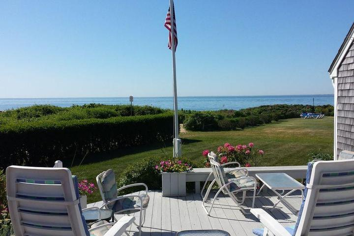 Awe Inspiring Pet Friendly Vacation Rentals In Falmouth Ma Bring Fido Home Interior And Landscaping Ymoonbapapsignezvosmurscom