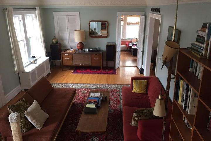 Pet Friendly Short Hills Airbnb Rentals