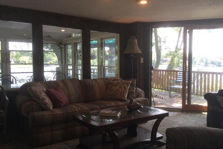 Pet Friendly Montville Airbnb Rentals
