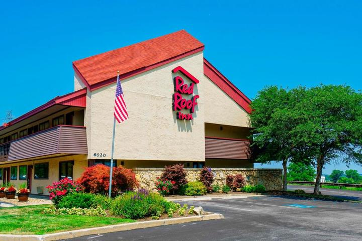 Pet Friendly Red Roof Inn Cleveland Independence