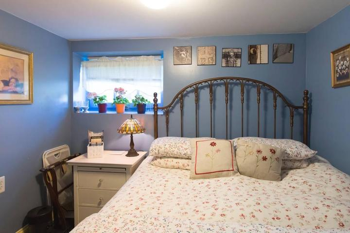 Pet Friendly Markham Airbnb Rentals