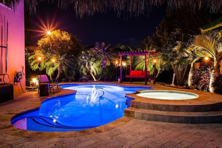 Pet Friendly Homestead Airbnb Rentals