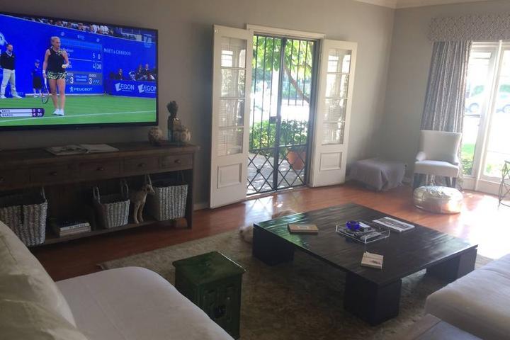 Pet Friendly Beverly Hills Airbnb Rentals
