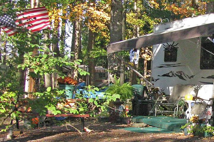 Pet Friendly Little Red Barn Camp Grounds