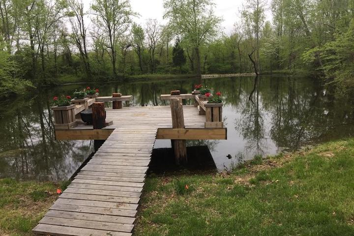 Pet Friendly Caruthersville Airbnb Rentals