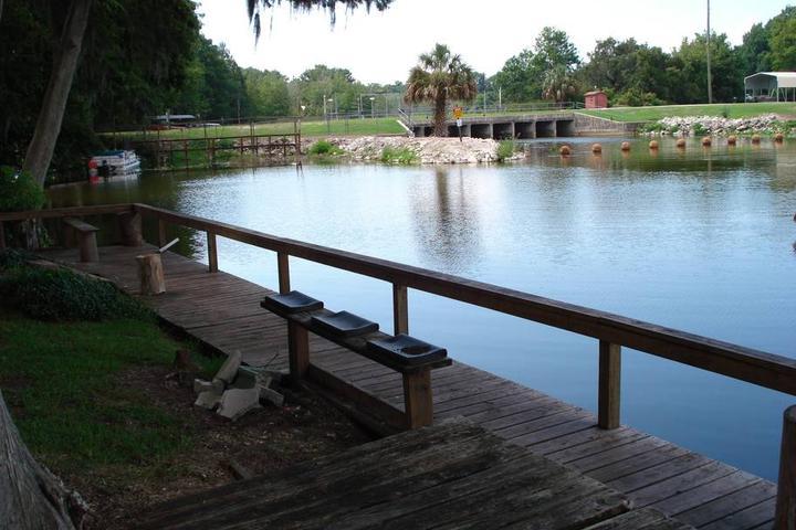 Pet Friendly Fruitland Park Airbnb Rentals