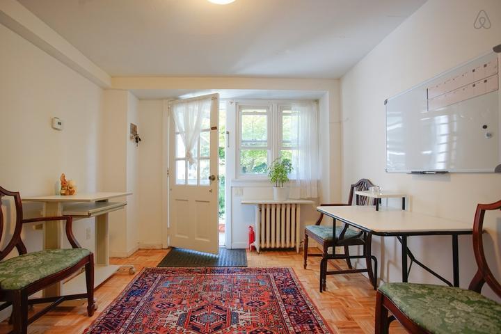 Pet Friendly Great Neck Airbnb Rentals