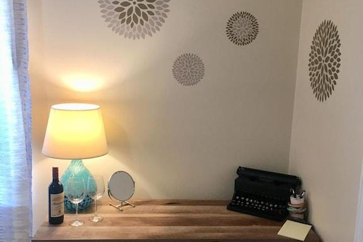 Pet Friendly 2/1 Apartment with Patio/Balcony