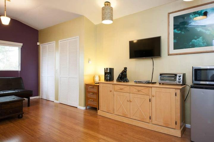 Pet Friendly Panorama City Airbnb Rentals